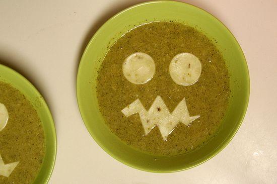 Halloween jack o lantern soup