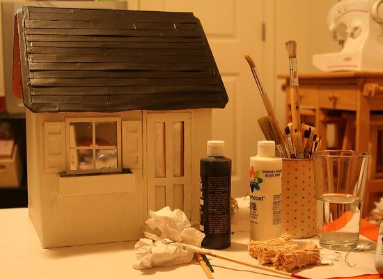 how to makeover a dollhouse