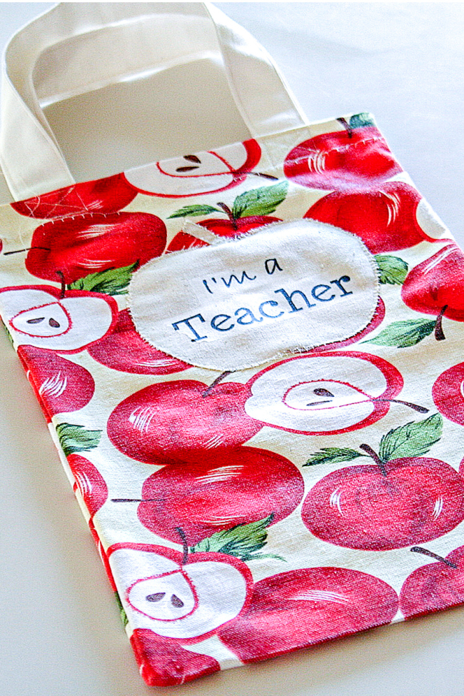 Apple print market bag for the teacher
