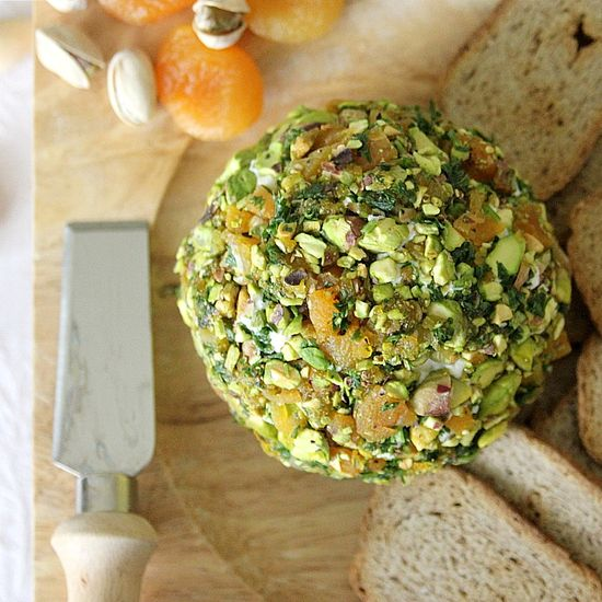 Pistachio and apricot cheese ball