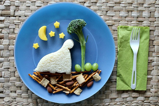 Dinosaur lunch for kids