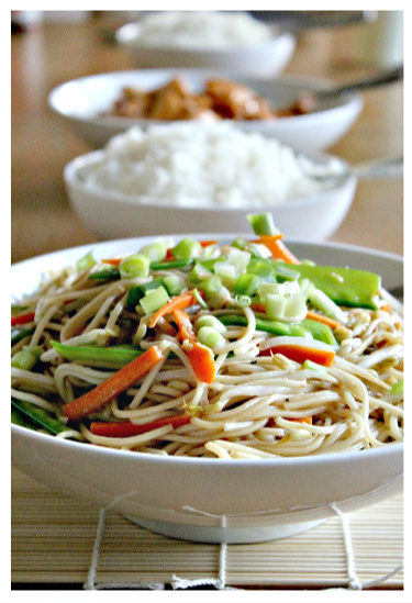 How to make vegetable lo mein at home