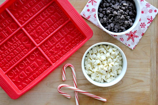 How to make stamped peppermint bark