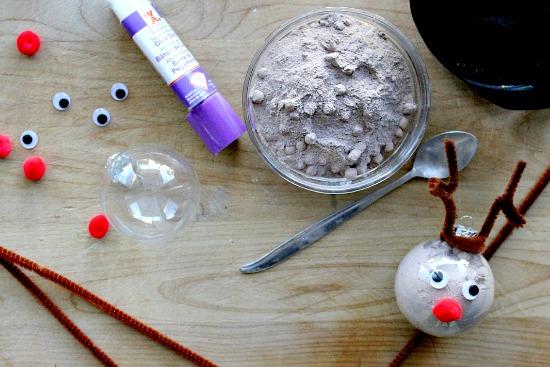 Reindeer holiday craft