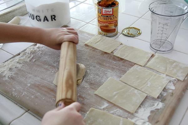 how to make homemade pumpkin pie pop tarts