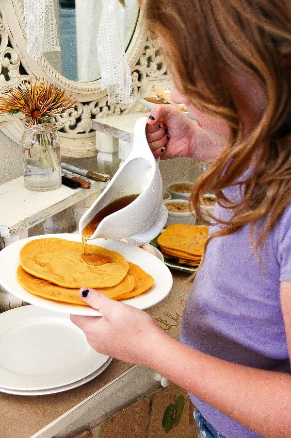 how to make pumpkin pie pancakes