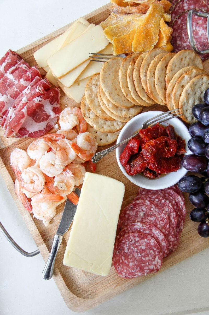 allergy friendly charcuterie board