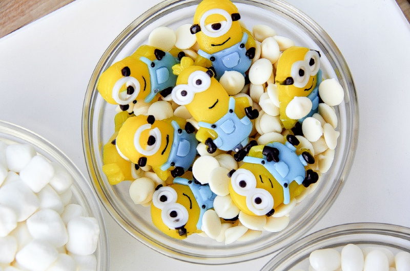 minions gummy candy for decorating