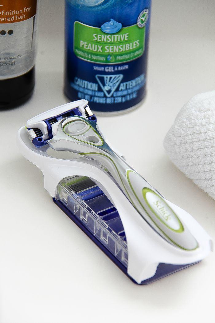 a razor for men