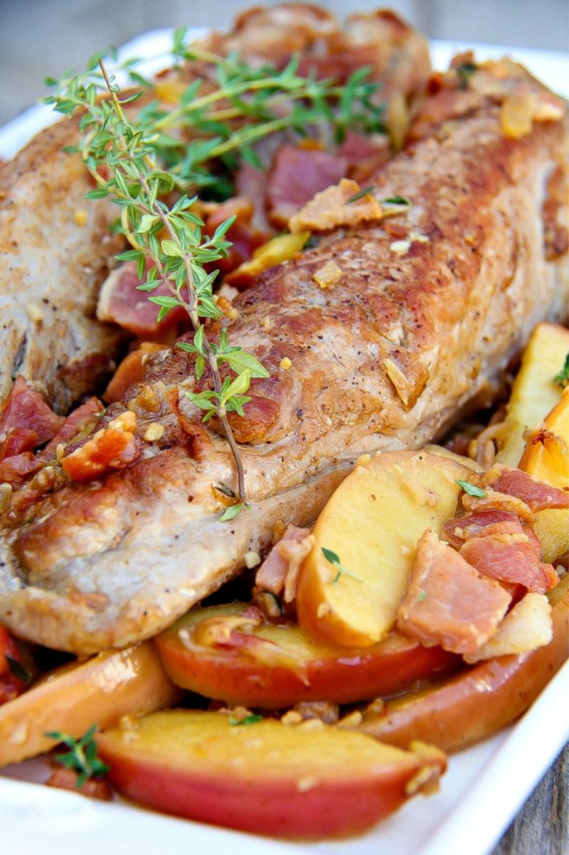 pork tenderloin with bacon and apples
