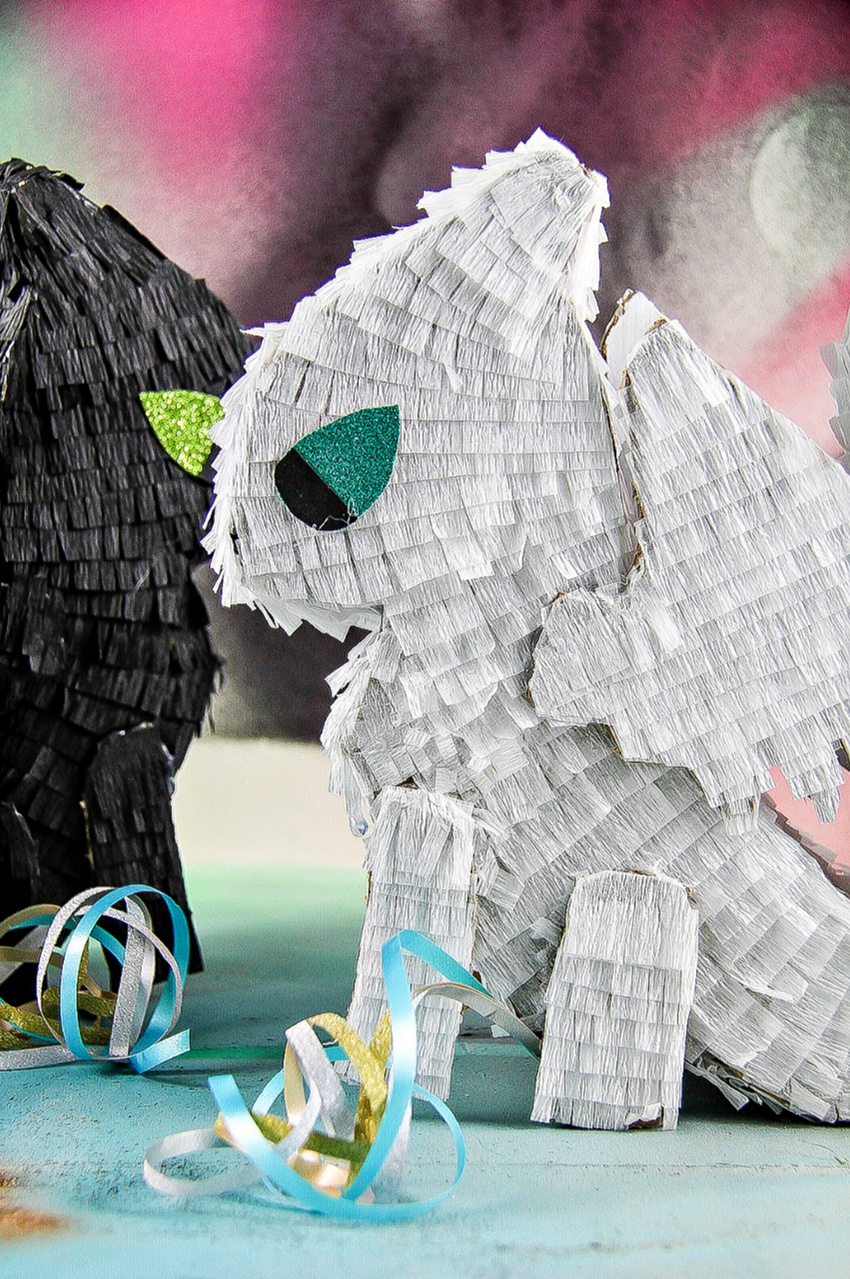 How to make a how to train your dragon pinata.