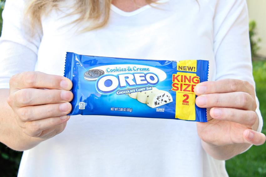 Cookies & Creme Oreo King Size candy bar.