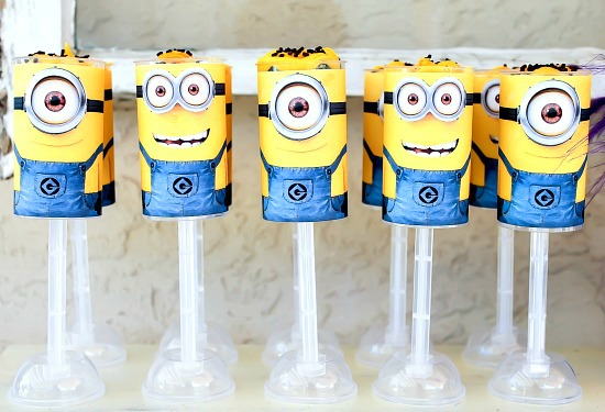 Despicable Me Minion push up cakes with free printable wrapper.