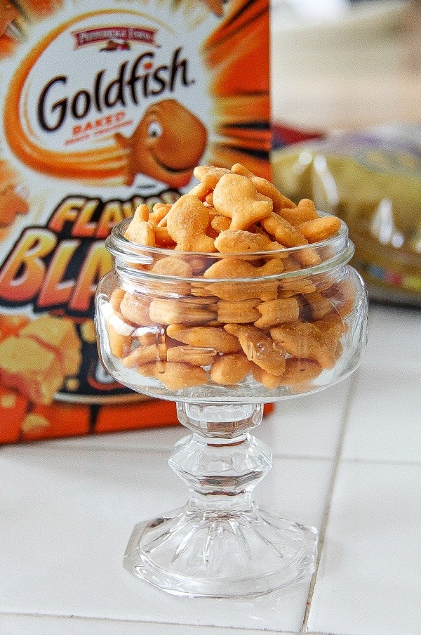 goldfish crackers in a glass bowl