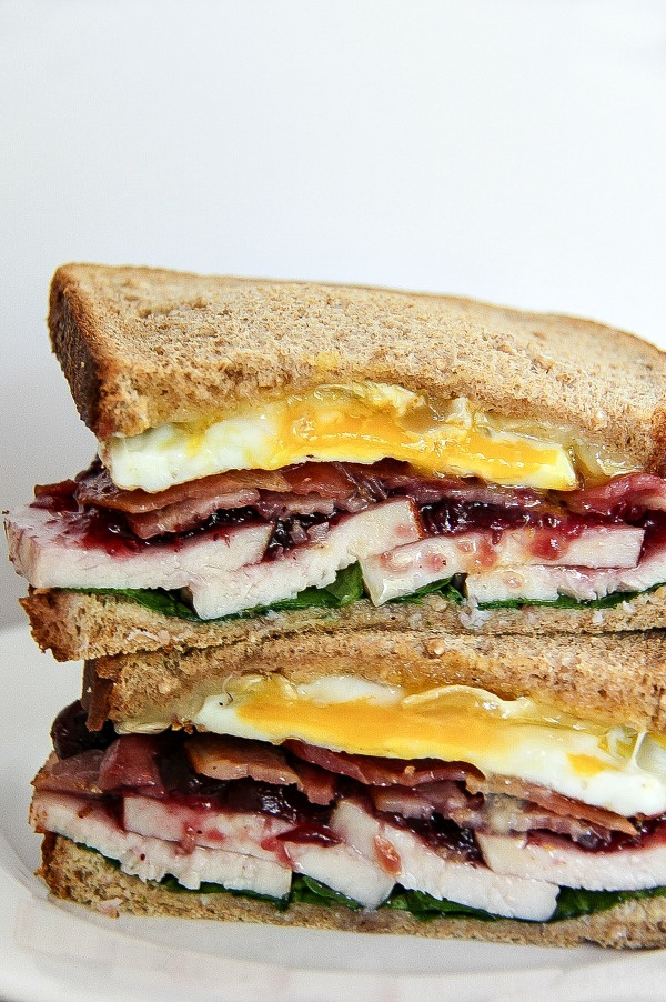 a sandwich using holiday turkey leftovers and egg for breakfast