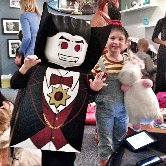 Kids dressed as LEGO Lord VAmpyre and Agnes from Despicable Me at the Fox 5 San Diego studio