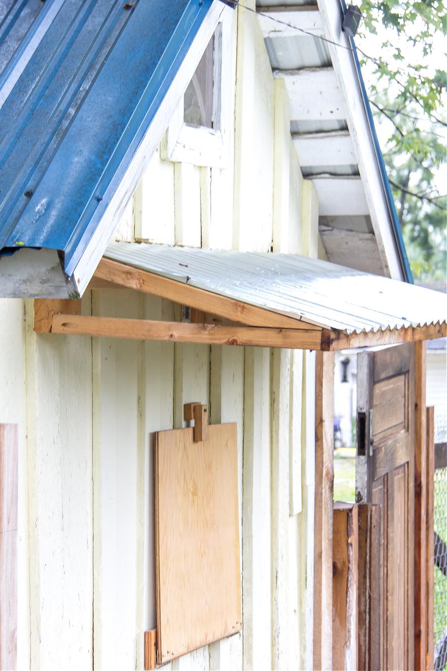 diy chicken coop roof