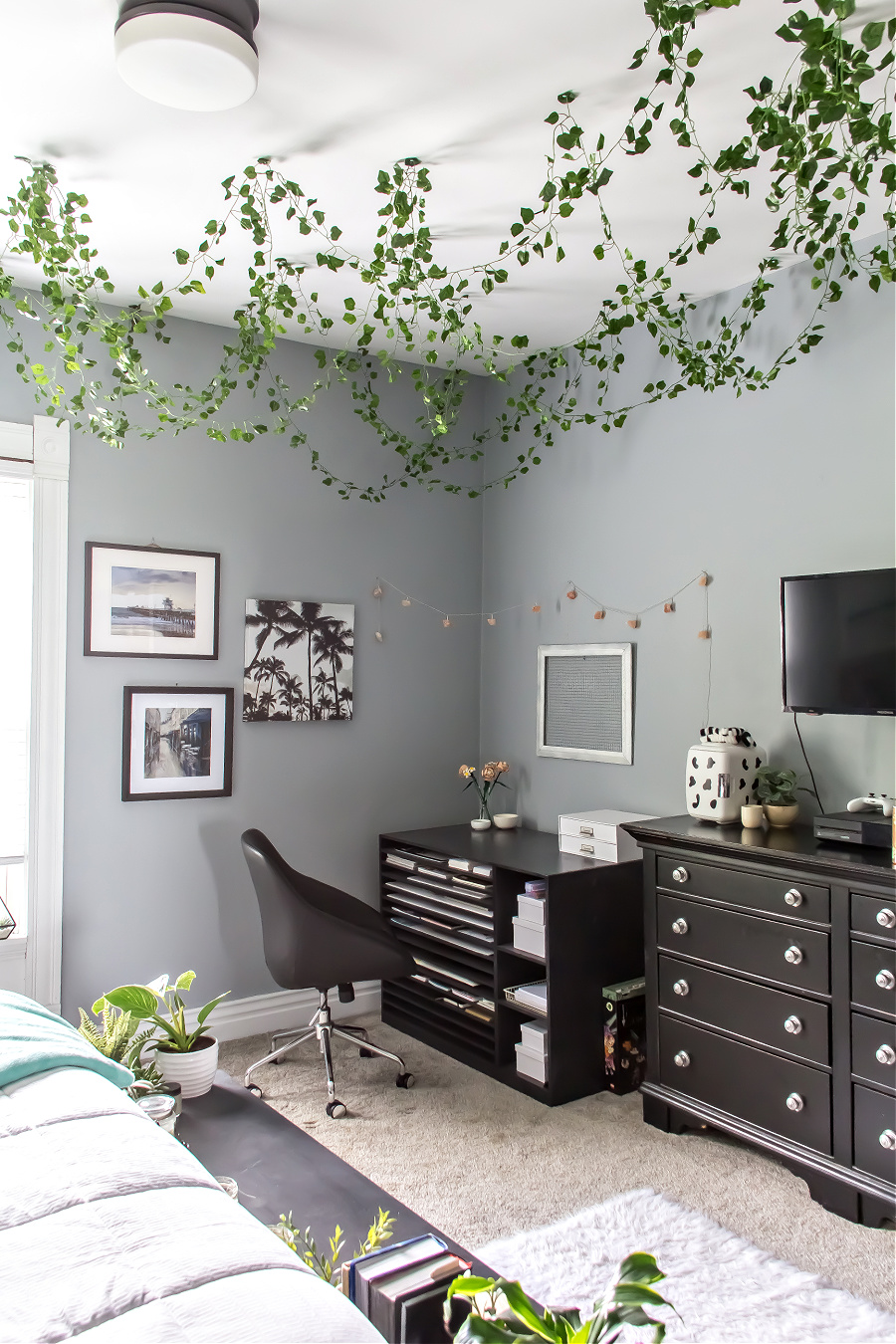 An art and interior design storage cabinet